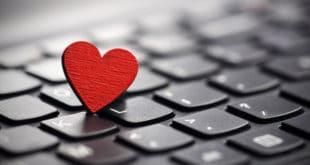 5 Incantesimi di Magia Bianca Online Gratis per te, sull'amore in casa
